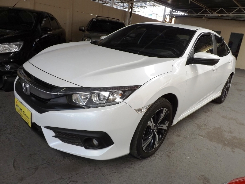 Honda Civic Hatch LX Aut.