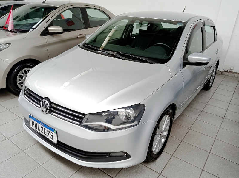 VW - VolksWagen Voyage Confortline 1.6